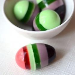 Jello shots huevos de colores