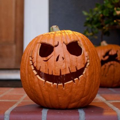 50 ideas originales para decorar tu calabaza de halloween. Black Bedroom Furniture Sets. Home Design Ideas